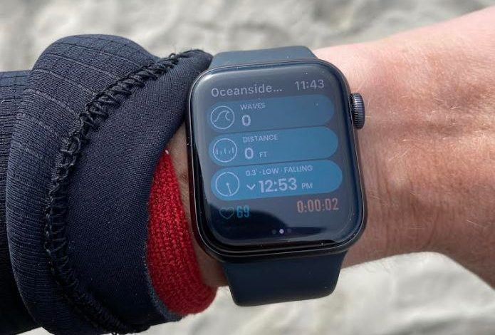 Surfing With The Apple Watch - A Review 1